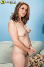 Gia Marie and her curly pussy