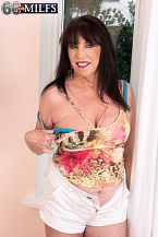 A new 70Plus SEXY HOUSEWIFE...Christina Starr!