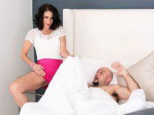 Keli Richards receives her old arse pounded