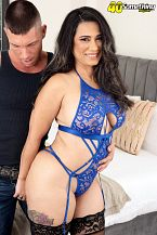 Sexy Lalin girl MILF's first on-camera fuck